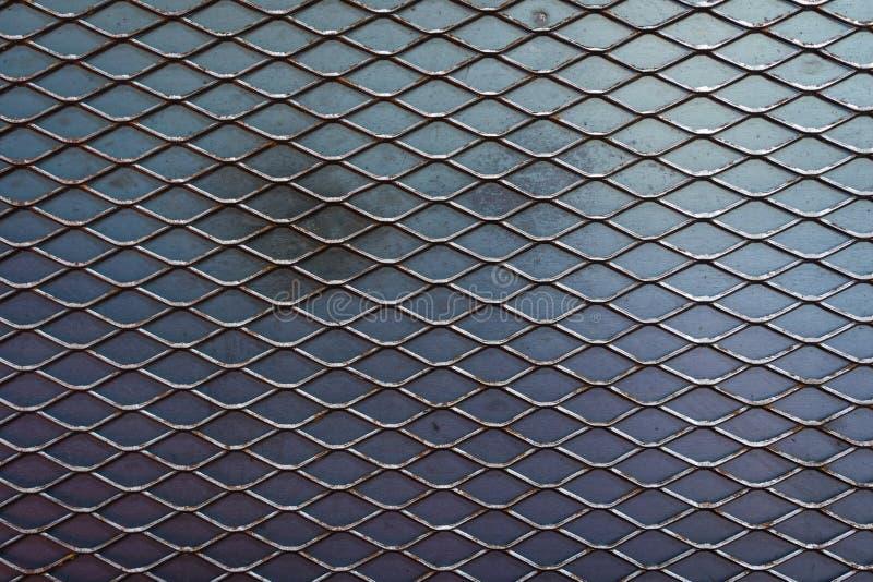 Textuur van metaal uitgebreide lat met de achtergrond van de ijzerplaat stock afbeelding