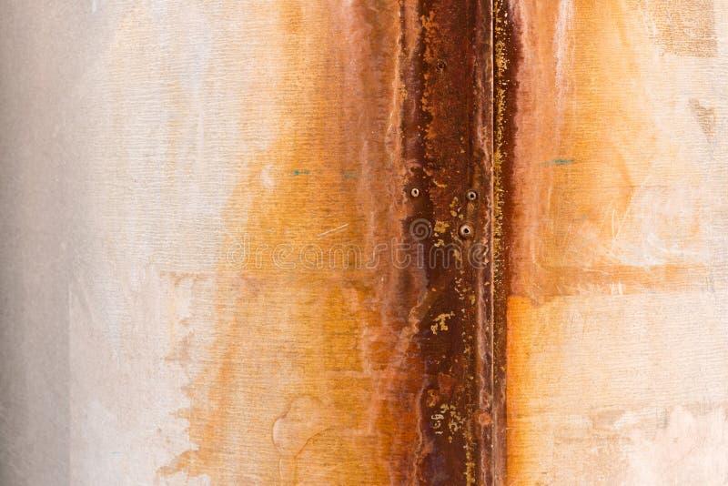 Textuur van roestig ijzer trompet stock foto's