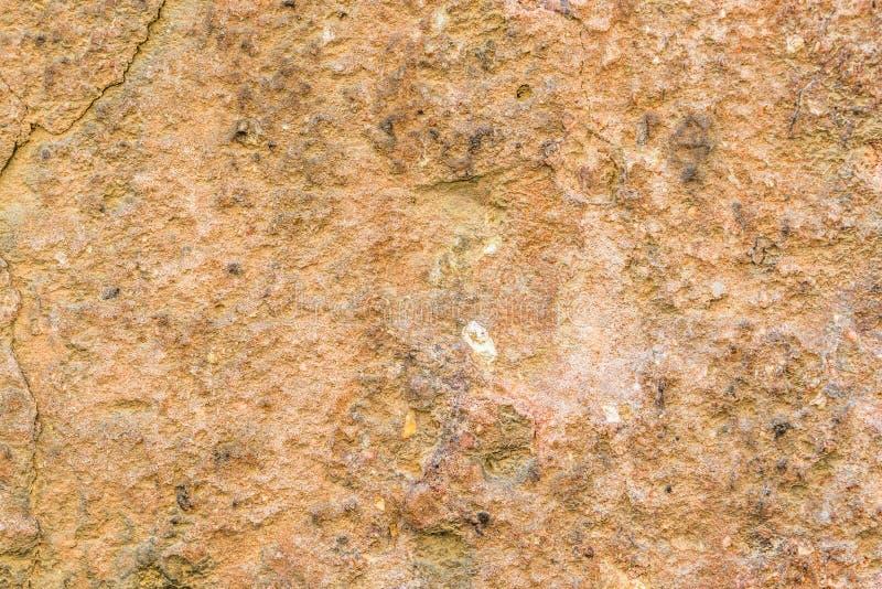 Textuur van versleten muur met gebarsten pleister van stad Luca in Toscanië royalty-vrije stock foto
