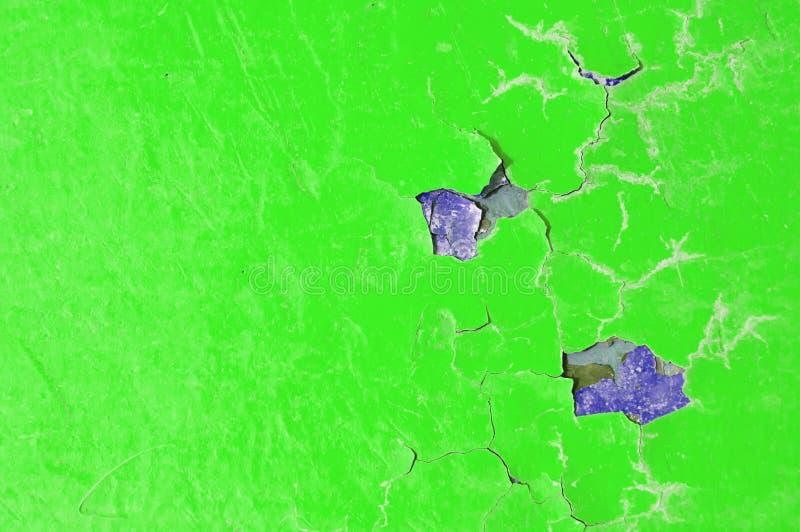 Textuurachtergrond van groene schilverf op de oude ruwe oppervlakte royalty-vrije stock afbeeldingen