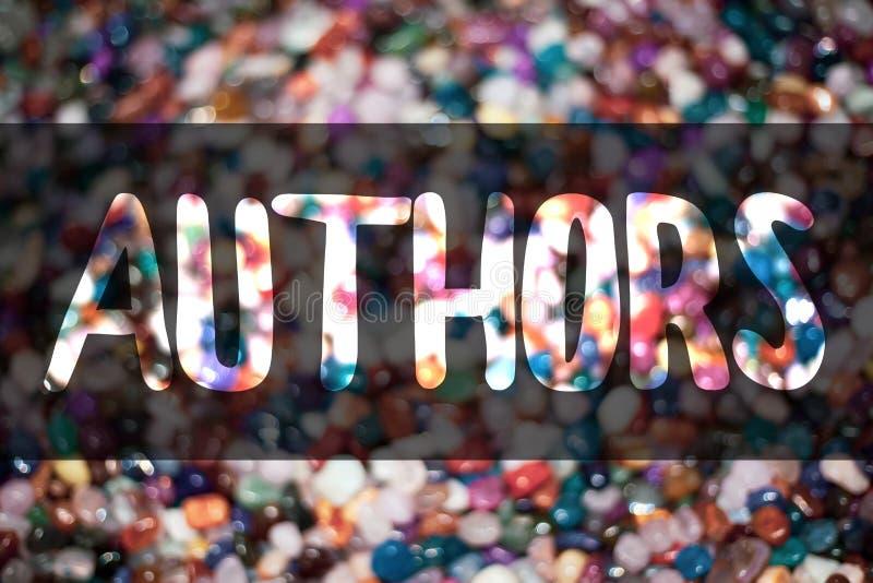 Textzeichen, das Autoren zeigt Begriffsfoto Verfasser-Journalist-Poet Biographer Playwright-Komponist-Creator Blurry-Süßigkeitssü lizenzfreie stockfotografie