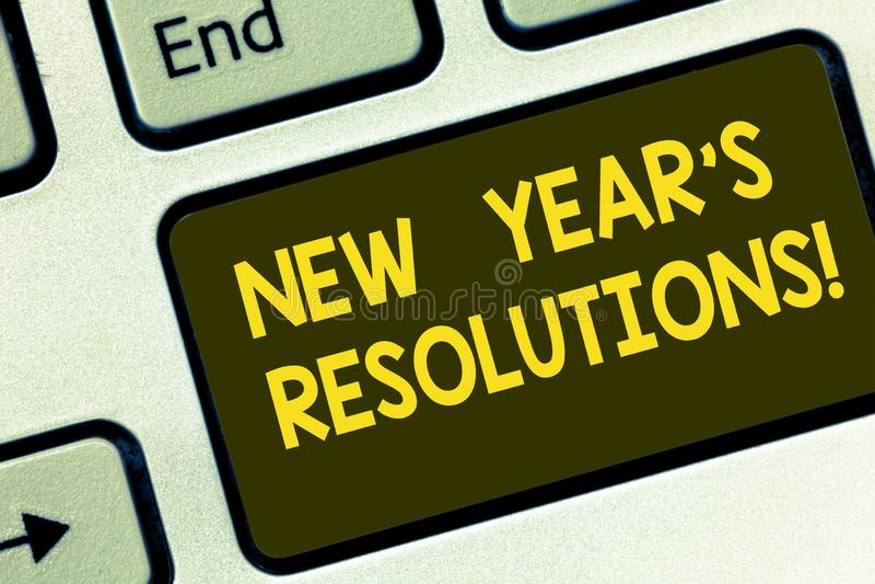 Textzeichen, das Beschlüsse des neuen Jahr-S zeigt Begriffsfoto Ziel-Ziele visiert Entscheidungen für die als nächstes 365 Tagtas lizenzfreies stockbild