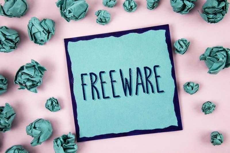 Textzeichen, das Freeware zeigt Begriffsfoto Software-Anwendung, die für Gebrauch an keinem Währungskosten Konzept für Infor verf lizenzfreies stockfoto