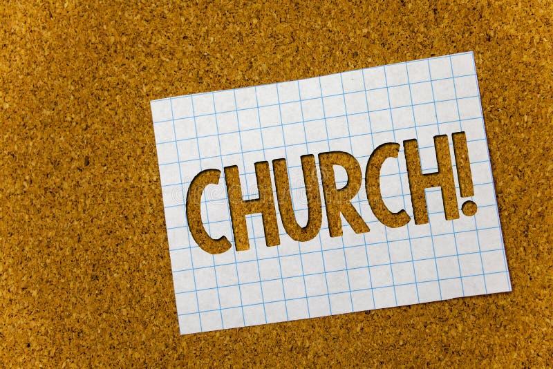 Textzeichen, das Kirche zeigt Begriffsfoto Kathedralen-Altar-Turm-Kapellen-Moscheen-Schongebiet-Schrein-Synagoge-Tempel-Korkenhin lizenzfreie stockfotos
