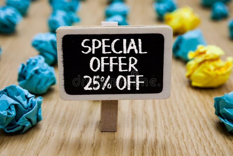 Textzeichen, das Sonderangebot 25 vorführt Begriffsfoto Rabatt-Förderung Verkäufe verkaufen Marketing-Angebot-Papierklammer Griff lizenzfreies stockbild