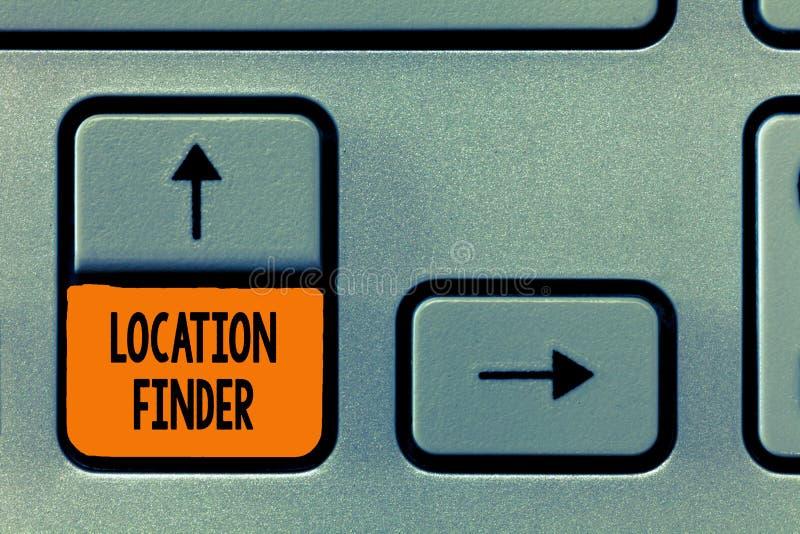Textzeichen, das Standort-Sucher zeigt Begriffsservice des fotos A gekennzeichnet, um die Adresse eines vorgewählten Platzes zu f lizenzfreies stockbild