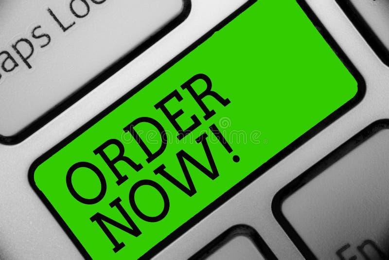 Textzeichen-Vertretung Bestellung jetzt Begriffsfotoservice-Restaurants oder -speicher stellen zur Verfügung, um zu erhalten, was vektor abbildung