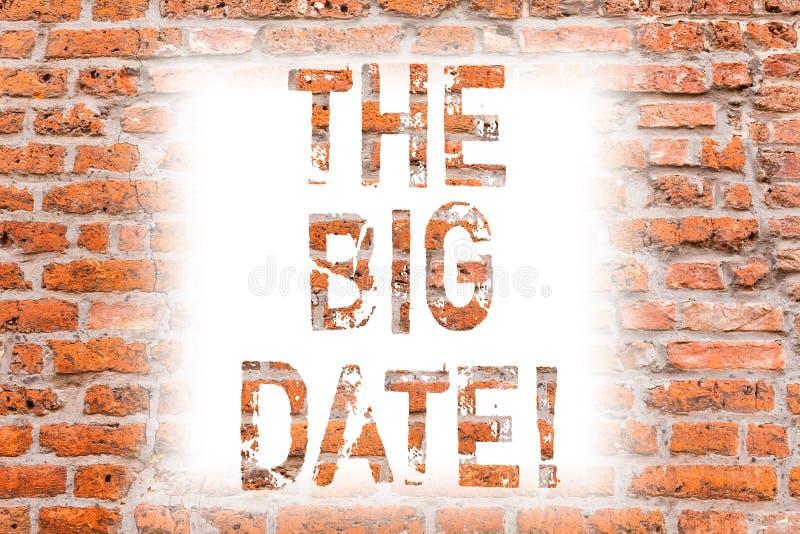 Textzeichen, welches das große Datum zeigt Wichtiger Tag des Begriffsfotos für eine Paar-Verhältnis-Hochzeitstag Backsteinmauer lizenzfreies stockbild