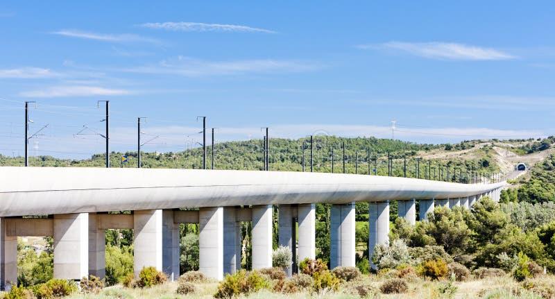 TGV的铁路高架桥 免版税库存照片