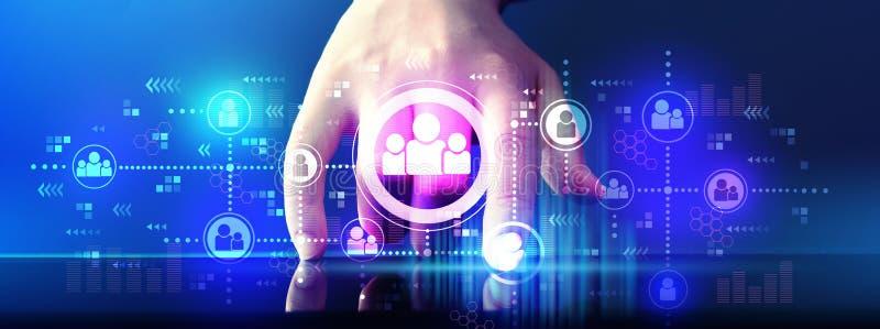 Thème social de connexions avec la tablette image stock