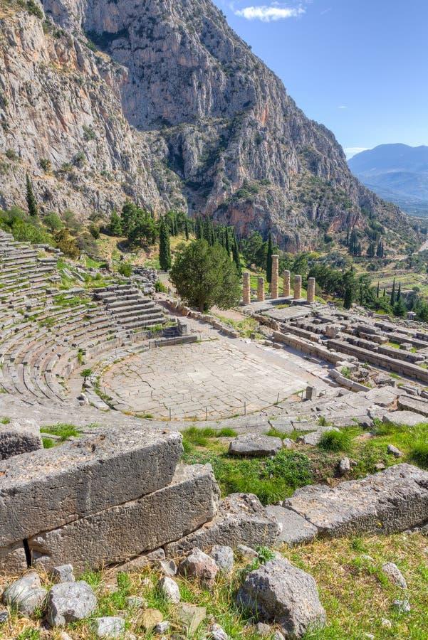 Théâtre de Delphes et temple d'Apollo, Grèce photos libres de droits
