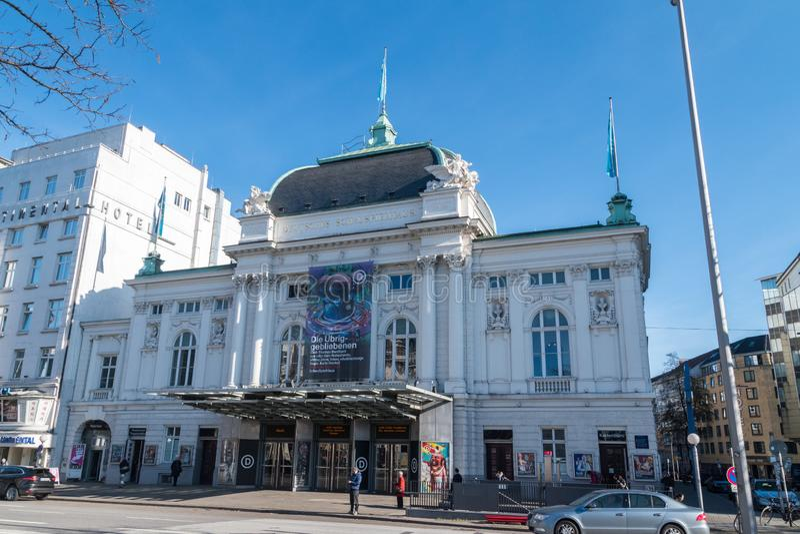 Théâtre de Deutsches Schauspielhaus dans le quart de St Georg de la ville de Hambourg, Allemagne photo stock