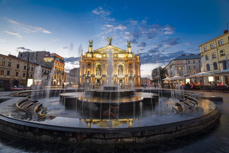 Théâtre de Lviv d'opéra et de ballet images libres de droits