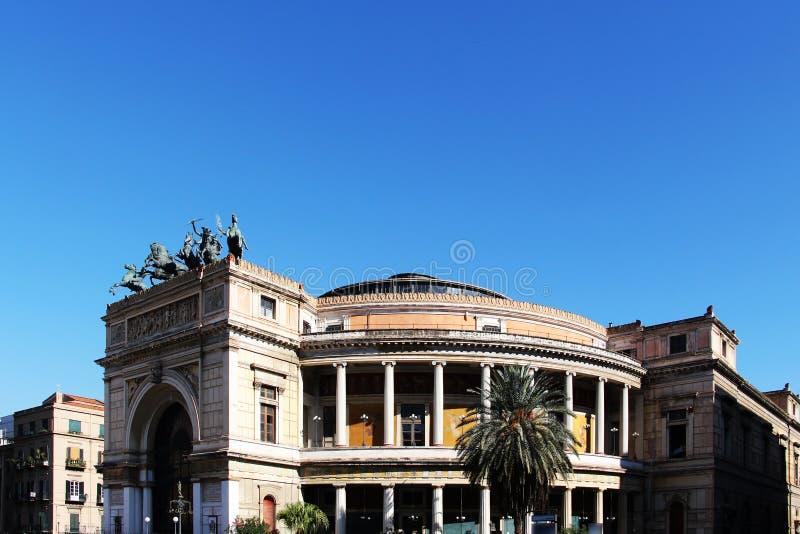 Théâtre de Politeama, Palerme, Sicile photos stock