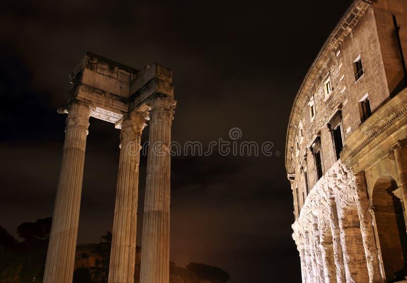 Théâtre de temple de Marcellus et d'Apollo Sosiano image stock