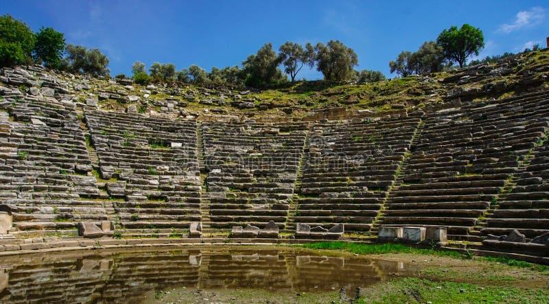 Théâtre de ville antique de Stratonikeia Une vue du secteur d'étape Ville des gladiateurs Mugla, Turquie photos libres de droits