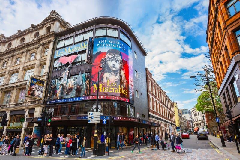 Théâtre du ` s de reine dans l'avenue de Shaftesbury , Londres, R-U image libre de droits