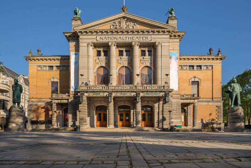 Théâtre national Nationaltheatret à Oslo images libres de droits
