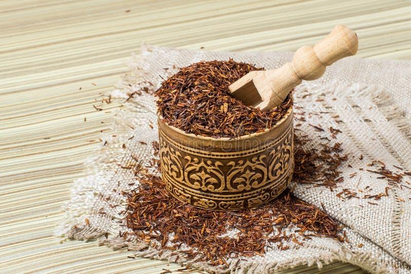 Thé africain ethnique sec de rooibos photo stock
