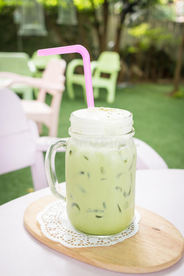 Thé au lait de vert de Matcha photo stock