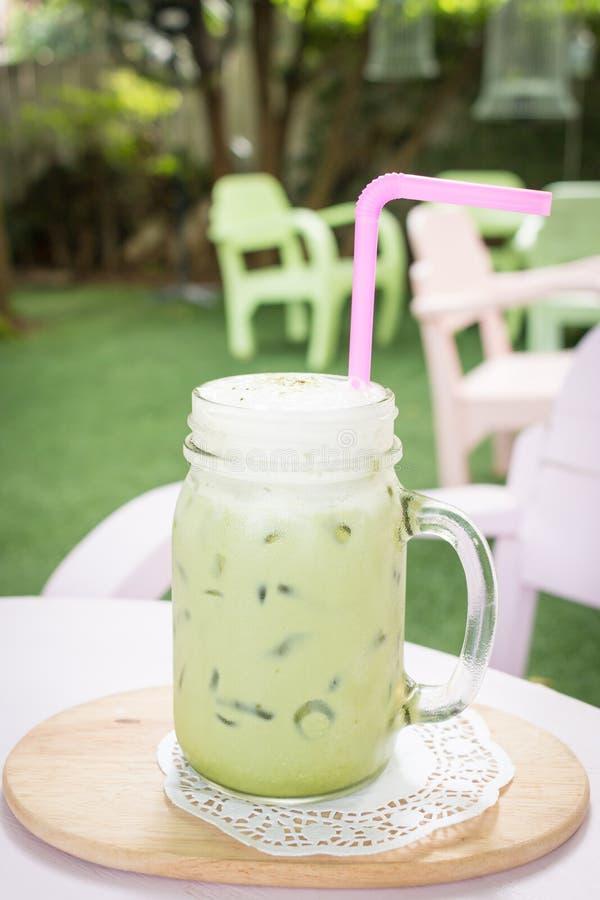Thé au lait de vert de Matcha photos stock