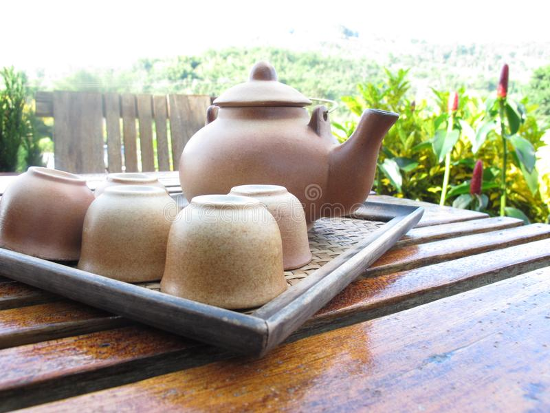 Thé de poterie de terre images libres de droits