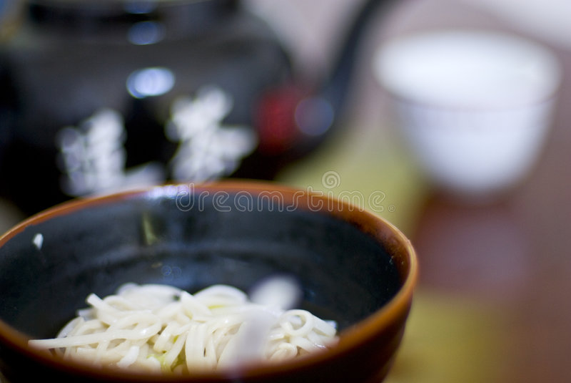 Thé et soupe de nouilles photo libre de droits