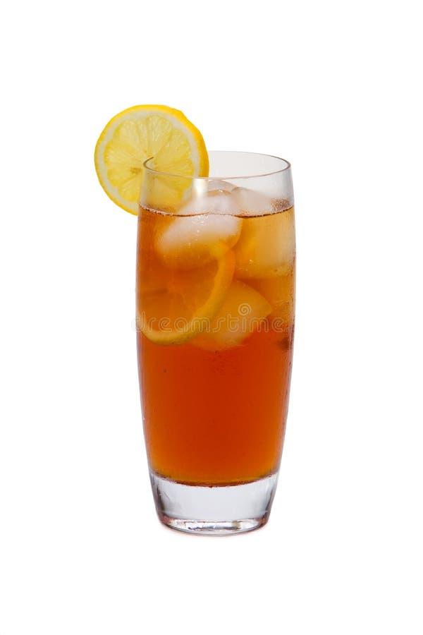 Thé glacé avec des parts de citron photo stock