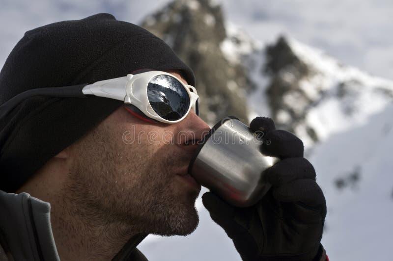 Thé pour le grimpeur images libres de droits