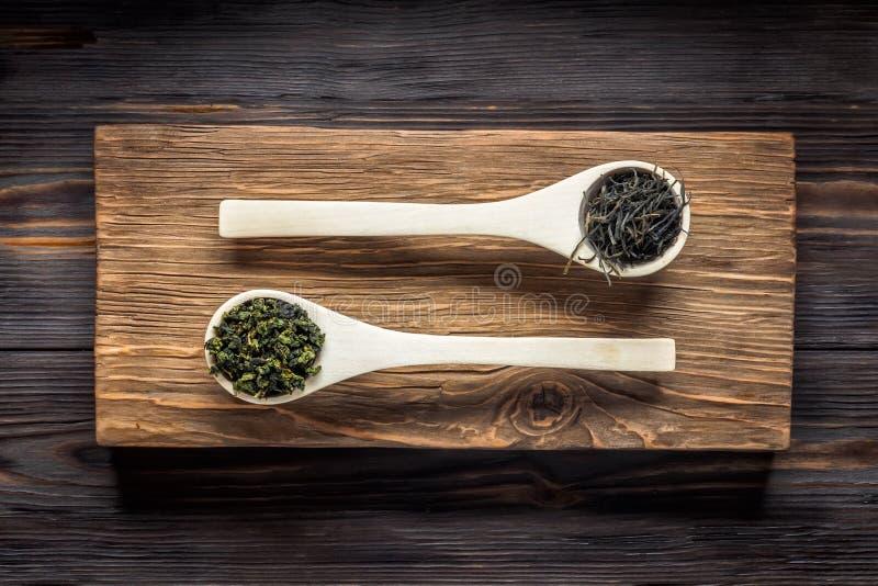 Thé vert de chinois traditionnel de la fermentation différente et du riz image stock