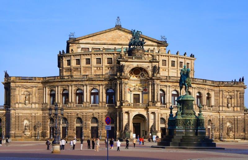 Théatre de l'opéra Dresde images stock