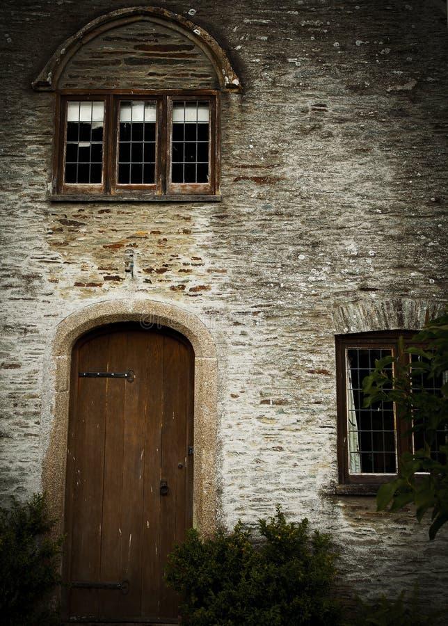 13th äppeljuicehusfasaddörr, Buckland abbotskloster arkivbilder