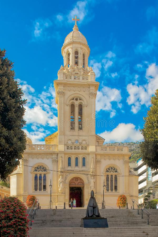 19th århundradekatolikSt Charles kyrka i Monte Carlo Monac royaltyfria foton