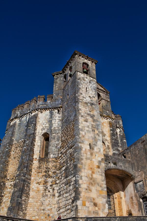 12th århundradeTemplar kyrka på kloster av Kristus i Tomar- arkivbild
