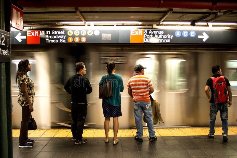 34th станция метро Нью-Йорк дворов Гудзона улицы стоковые фото