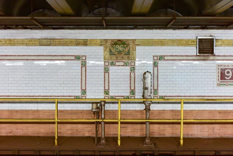 96th станция метро улицы - NYC стоковые изображения rf