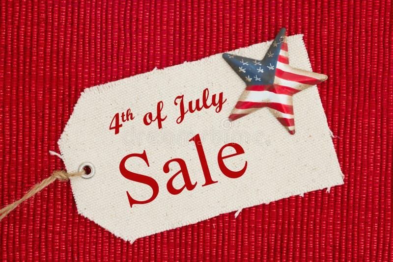 4th av det Juli försäljningsmeddelandet arkivbild