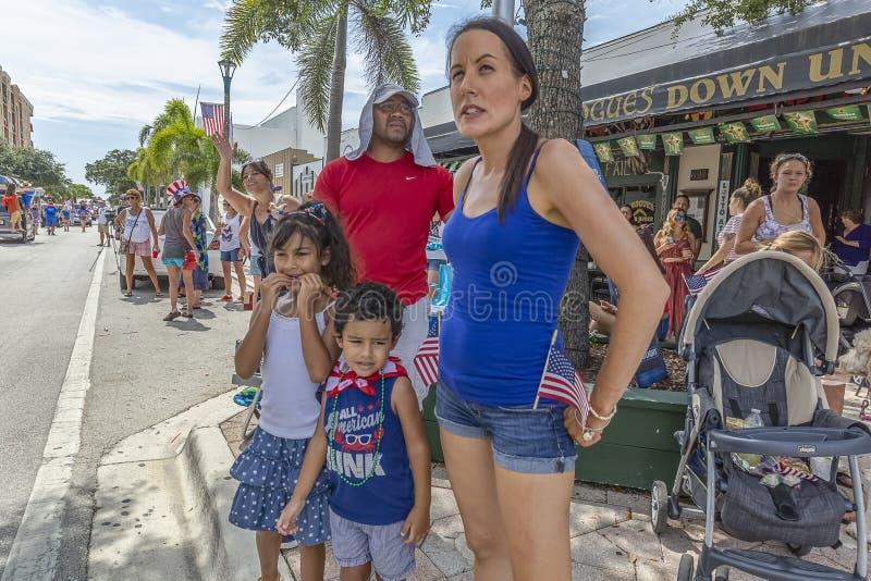 4th av Juli den offentliga händelsen, sjövärdestrand, Florida, Juli 4th, 2019 arkivfoto
