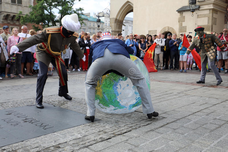 30th gata - internationell festival av gatateatrar i Cracow, Polen arkivbilder