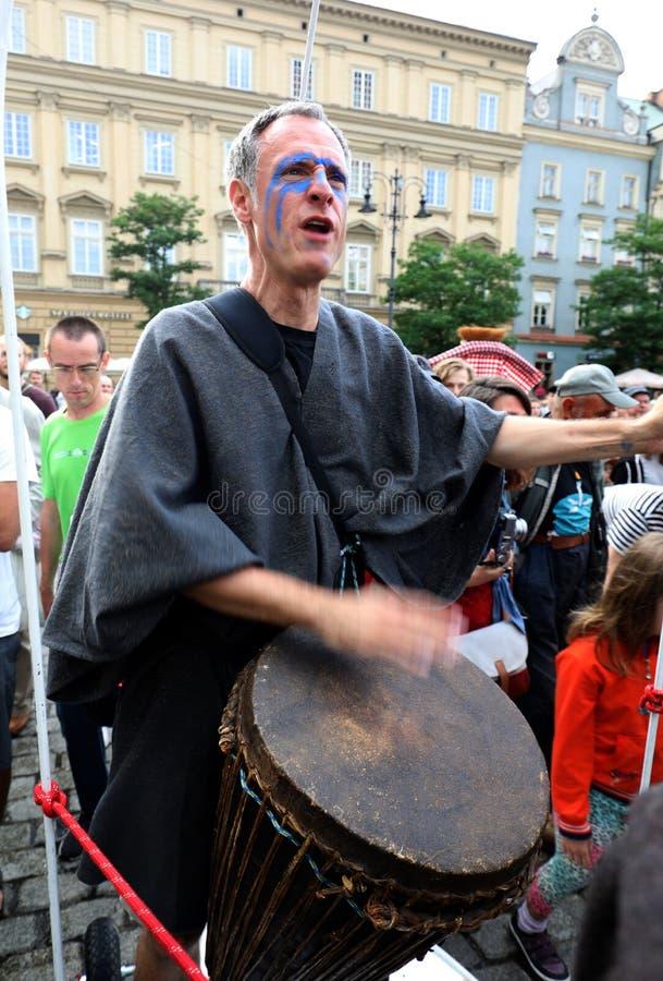 30th gata - internationell festival av gatateatrar i Cracow, Polen arkivfoton