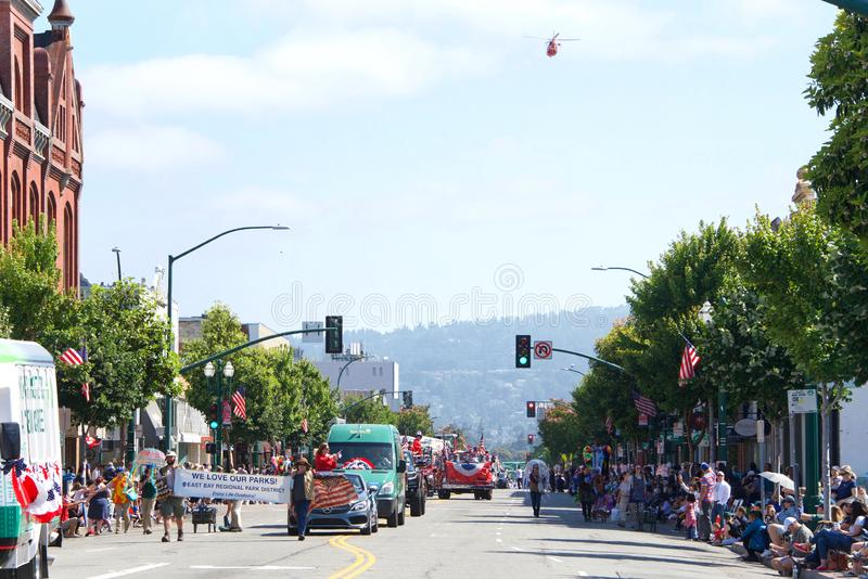 4th Juli ståtar, Alameda Kalifornien royaltyfri fotografi