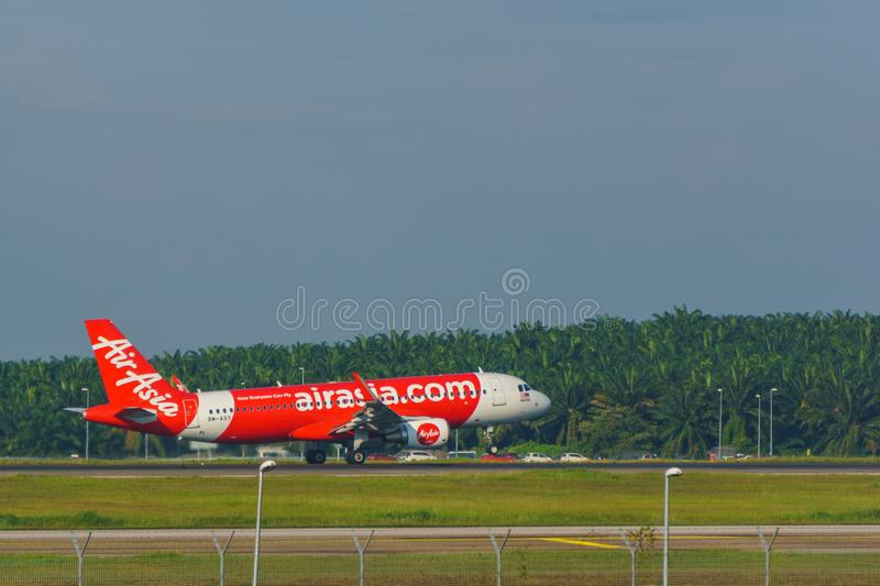 14th 2018 Nov, Kuala Lumpur, AirAsia linii lotniczej samolot fotografia royalty free
