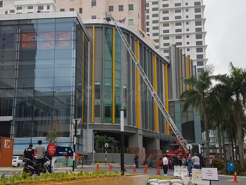 5th Oktober 2016 Subang Jaya, Malaysia Övningen för branddrillborren på toppmötehotellet Subang USJ gjordes i morse royaltyfri foto