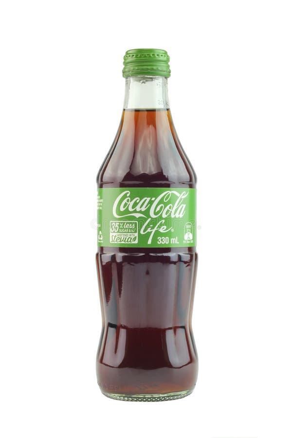 24th Sept 2016, Kuala Lumpur Coca - colaliv är enkalori version av cocaen - cola, genom att använda stevia och socker som sötning arkivfoto