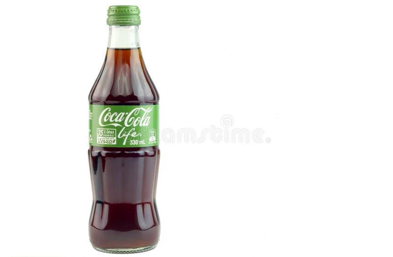 24th Sept 2016, Kuala Lumpur Coca - colaliv är enkalori version av cocaen - cola, genom att använda stevia och socker som sötning fotografering för bildbyråer