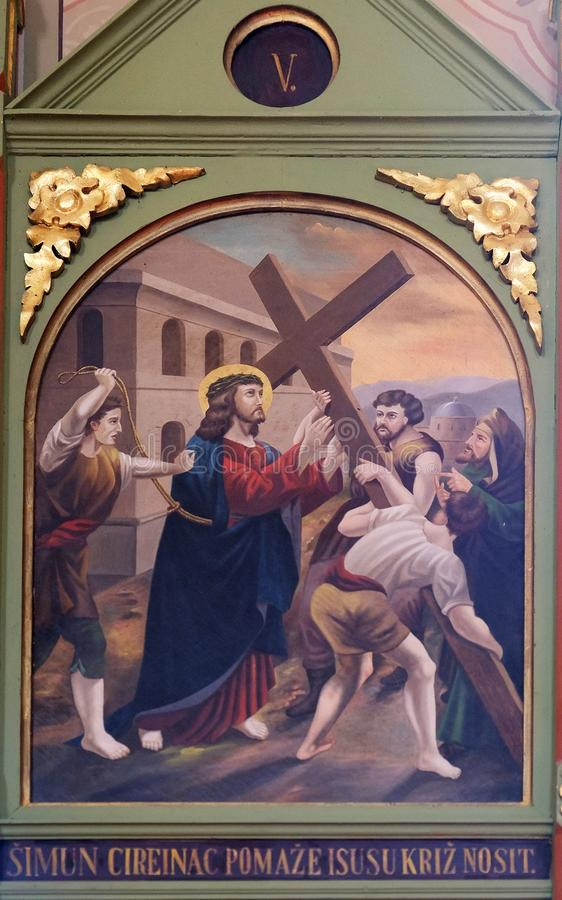 5th stacje krzyż, Simon Cyrene niosą krzyż obrazy royalty free