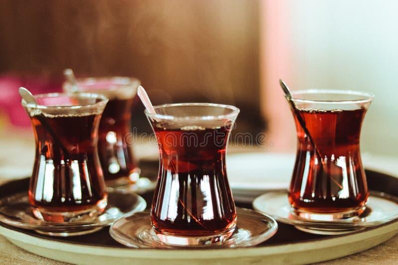 Th? turc sur un plateau photos stock
