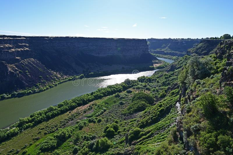 Tha el río Snake y barranco del río Snake en Twin Falls, Idaho imagenes de archivo