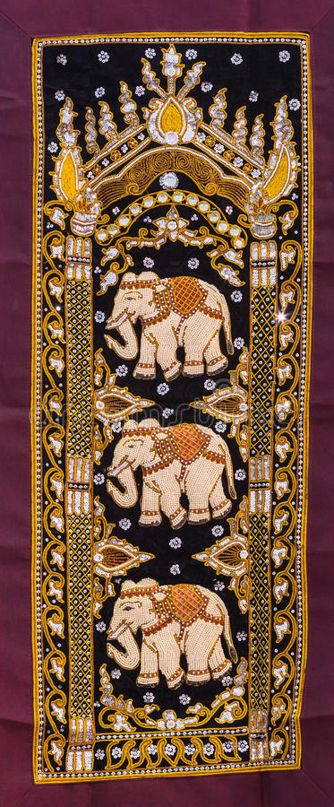Free Thai Elephant Tapestries By Hand Stock Photo - 42702970