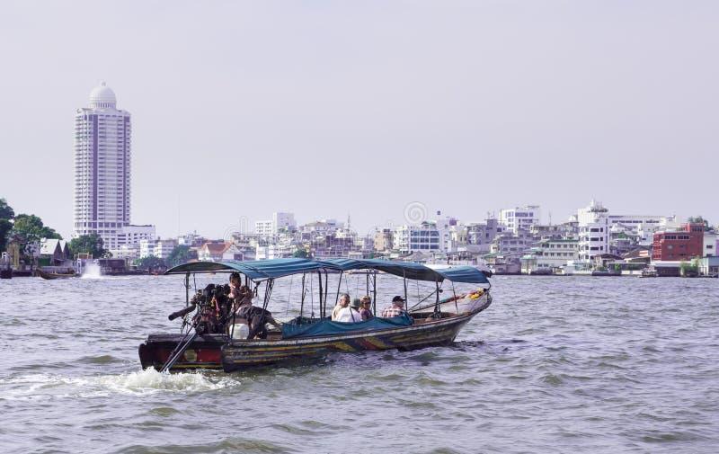 thai fartyglongtail arkivfoto